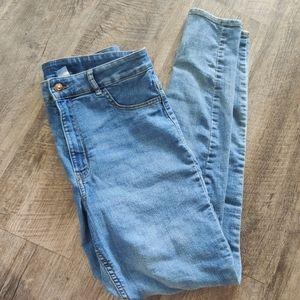 H&M Light-Wash Stretchy Skinny Jeans